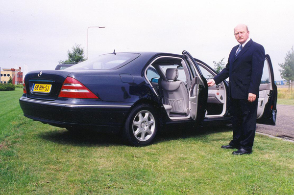 taxi luchthaventransport mercedes chauffeur